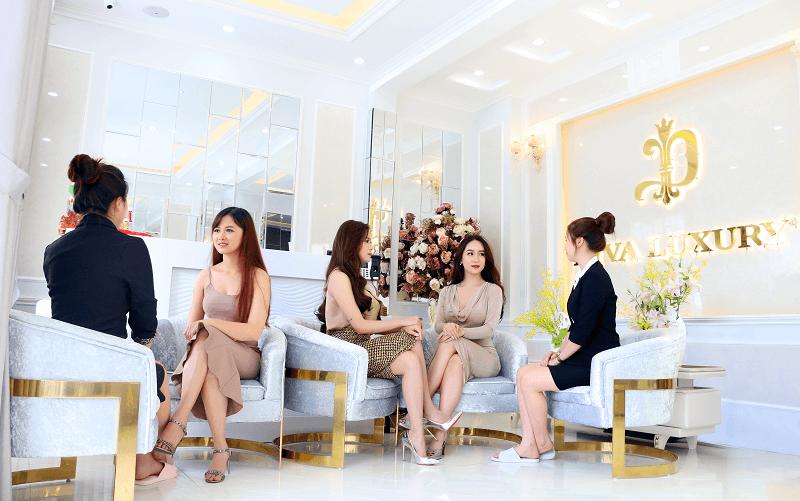 Chăm sóc khách hàng tận tâm tại thẩm mỹ quốc tế Diva