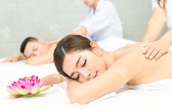 https://thammyviendiva.vn/wp-content/uploads/2019/11/massage-giam-stresss-bo-clinic-2.jpg