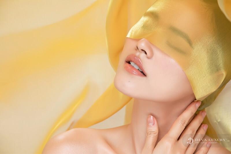 https://thammyviendiva.vn/wp-content/uploads/2020/02/phun-moi-collagen-tai-vien-tham-my-diva-moi-xinh-hut-moi-anh-nhin-5.jpg