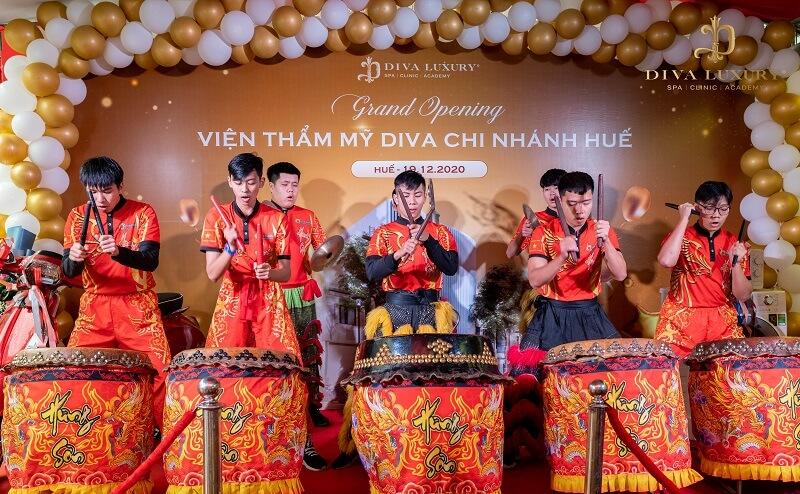 https://thammyviendiva.vn/wp-content/uploads/2020/12/khai-truong-vien-tham-my-diva-hue-15-3.jpg